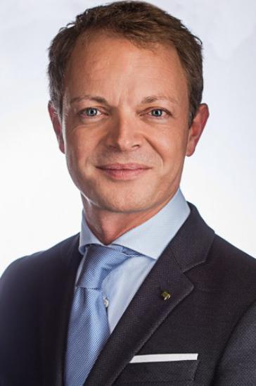 Dr Filip Stillaert, erkend plastisch en reconstructief chirurg - Lipofilling